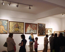 Yalova GSM'deki sergi sanatseverlerden yoğun bir ilgi gördü.