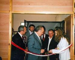 İBB Başkanı Kadir Topbaş Salih Cengiz'in sergi açılışını gerçekleştiriyor.